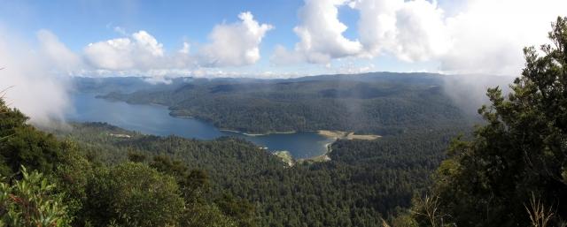 Panorama vom Gipfel des Ngamoko